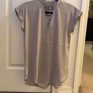 Express silk short sleeve.